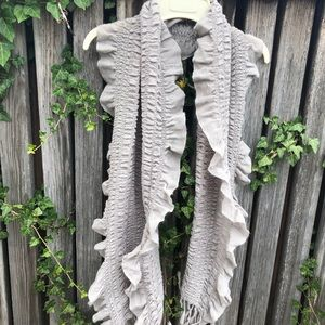 Silver/Grey Ribbed Scarf with Detail